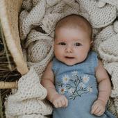 SEPTEMBRE  Des bébés prévus pour ce mois de septembre? On vous souhaite une belle rencontre 💙  photo @white_salt_photography